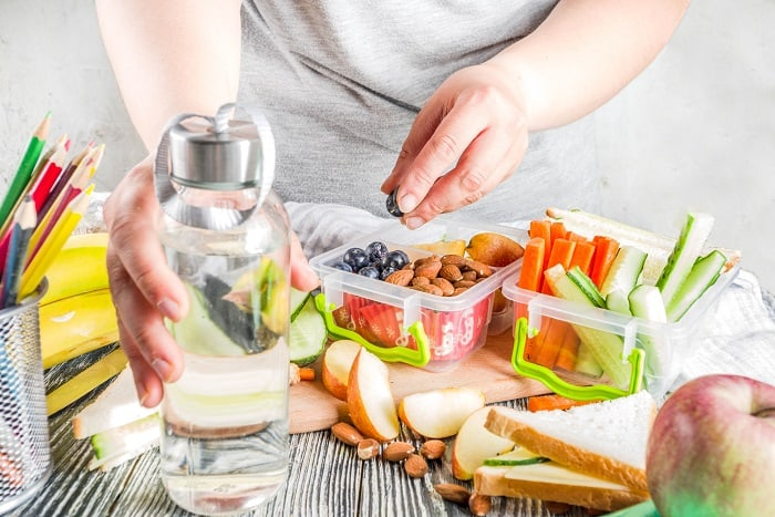 Reusable Lunch Containers for an - Eco-Friendly Lifestyle